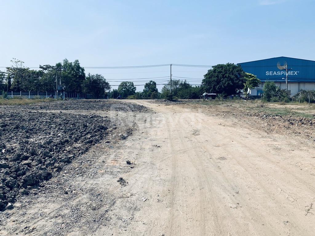 Bán lô đất nền mặt tiền đường Hoàng Phan Thái