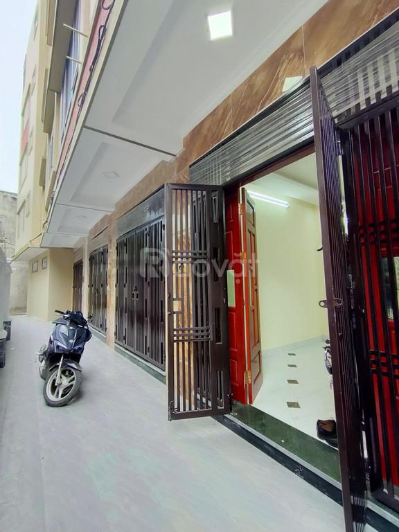 Bán nhà 35m2 x 5T ngõ 245 Định Công Hoàng Mai giá 2,9 tỷ (ảnh 1)