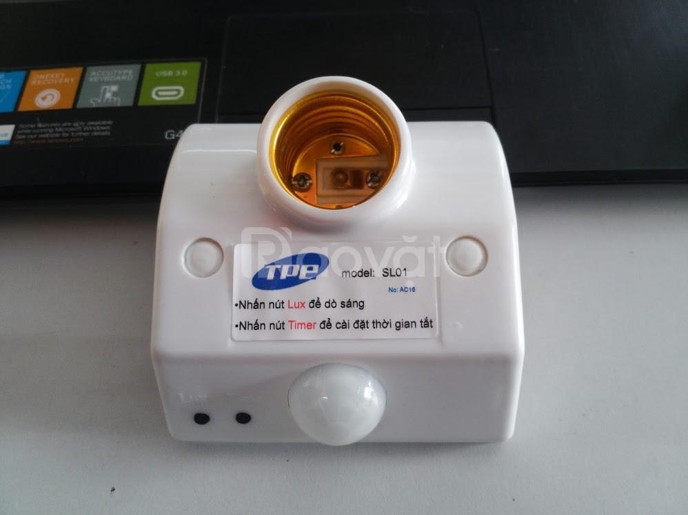 Đui đèn cảm ứng bật/tắt đèn tự động SL01