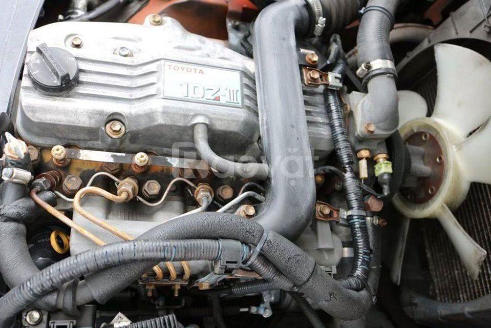 Bán xe nâng dầu cũ Toyota Model 02-8FD25, tải trọng 2.5 tấn, năm 2013