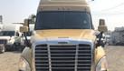 Bán xe đầu kéo Mỹ Freightliner Cascadia 2 giường đầy đủ tiện nghi (ảnh 3)