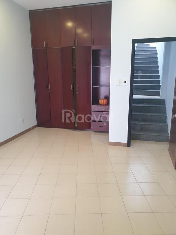 Kẹt tiền cần bán gấp căn nhà mới tinh ngay Đường Nguyễn Xí, P12, BT