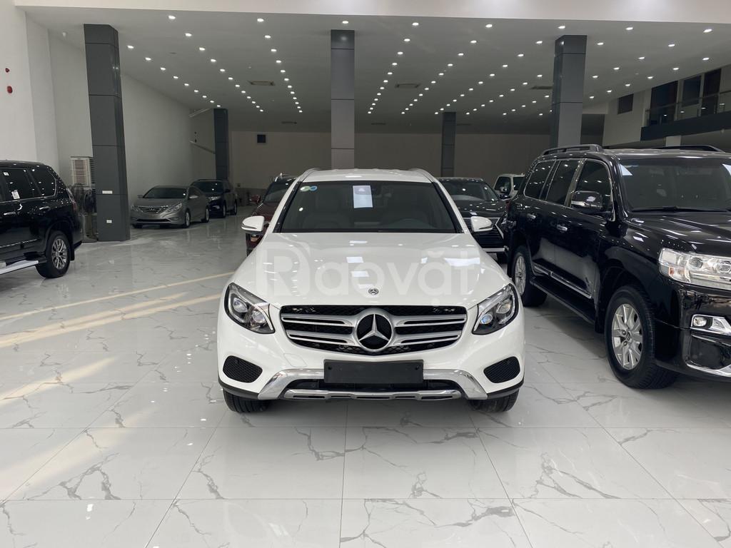 Bán Mercedes GLC 250 sản xuất và đăng ký 2018, xe đẹp