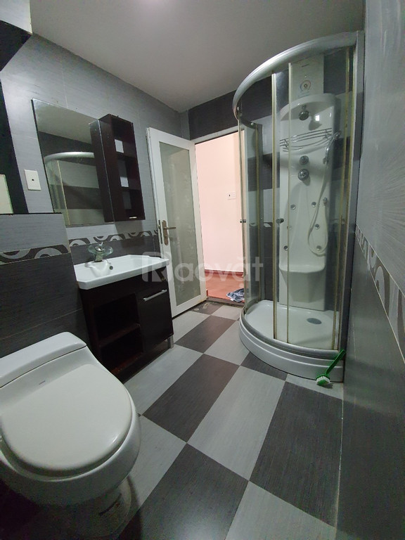 Cho thuê nhà nguyên căn, 1 trệt 3 lầu, full nội thất ở Bình Thạnh