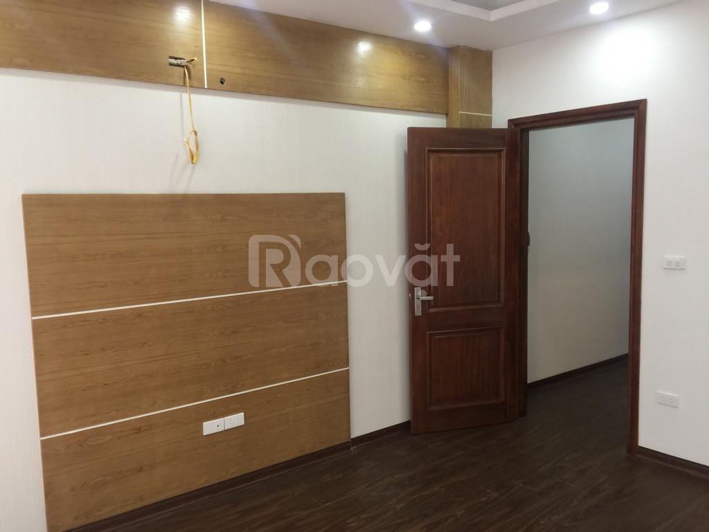 Bán nhà riêng đường Phạm Văn Đồng, 40m2 x 4 tầng, ngõ thông Xuân Đỉnh