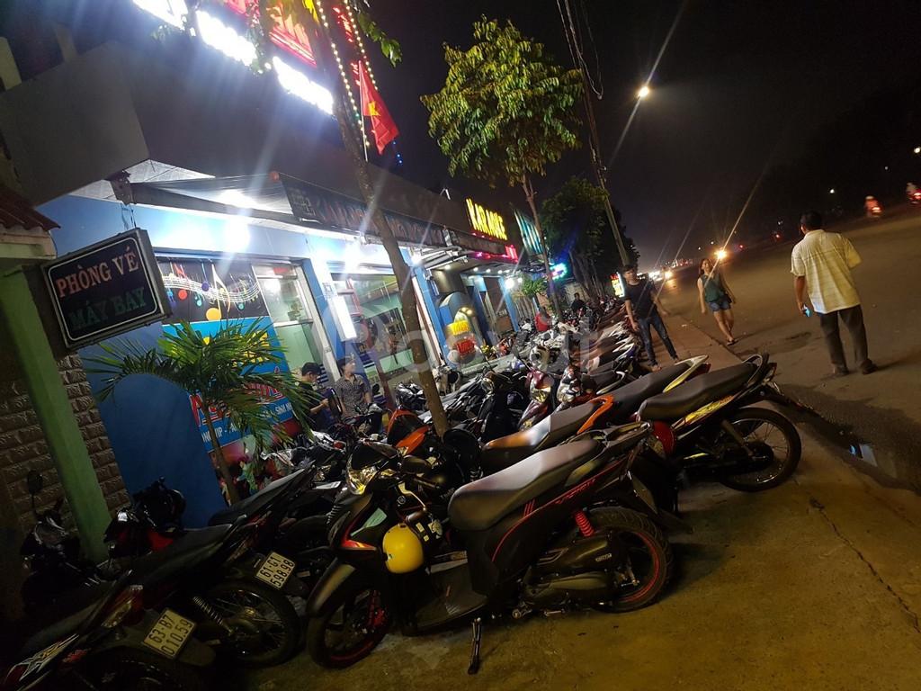 Bán nhà riêng đang KD karaoke tại Mỹ Phước, thị xã Bến Cát, Bình Dương