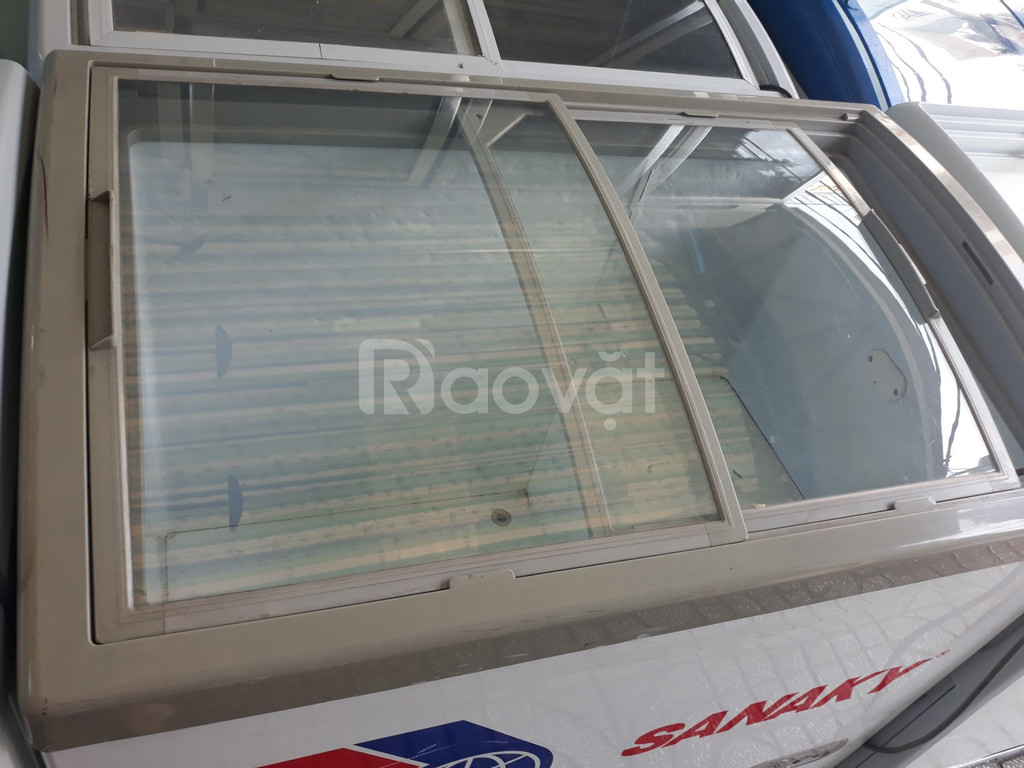 Tủ cấp đông Sanaky 300l mặt kiếng cong trưng bày mới 88%