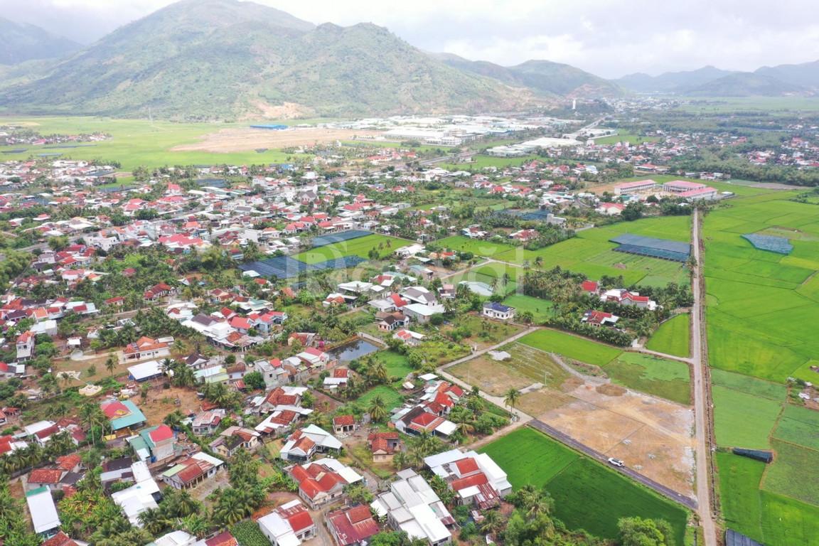 Bán đất thổ cư mặt tiền đường 13m Diên Phú