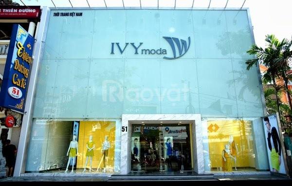 Nhà to ở mp Nguyễn Văn Cừ đất 450m2 x 5 tầng mặt tiền 10 mét