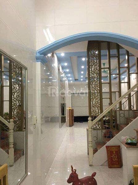 Bán nhà đẹp ô tô đỗ cửa phố Kim Đồng, 62m2x 5 tầng, MT 5m