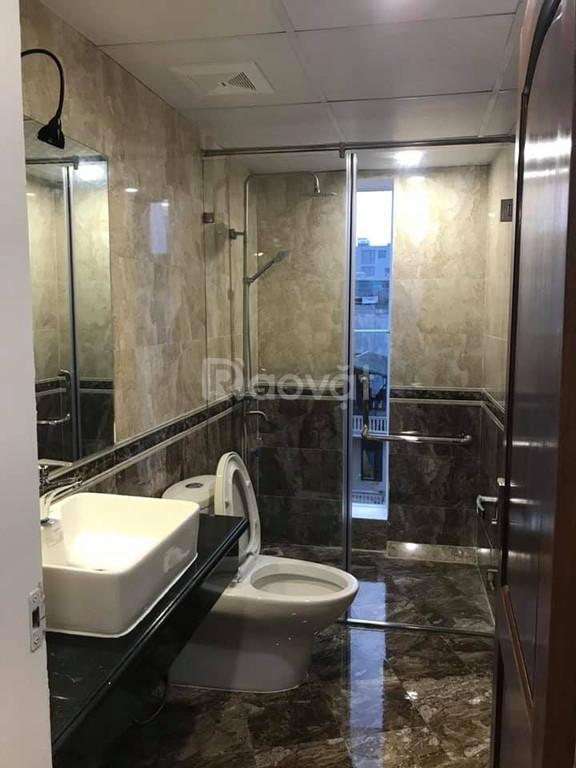 Bán nhà Hoàn Hoa Thám 38m2, 7 Tầng thang máy, mặt tiền 4.5m giá 5.95 t