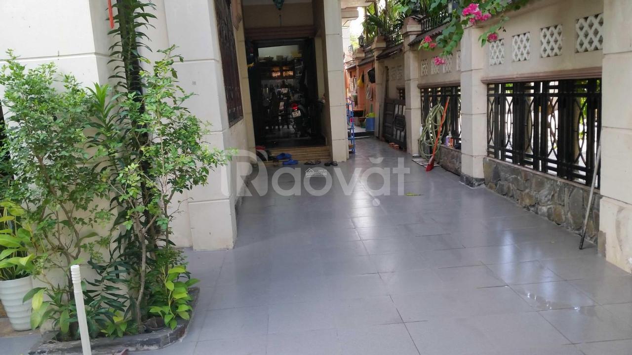 Chính chủ bán căn Biệt Thự phố 2 mặt tiền Dương Quảng Hàm, Gò Vấp.