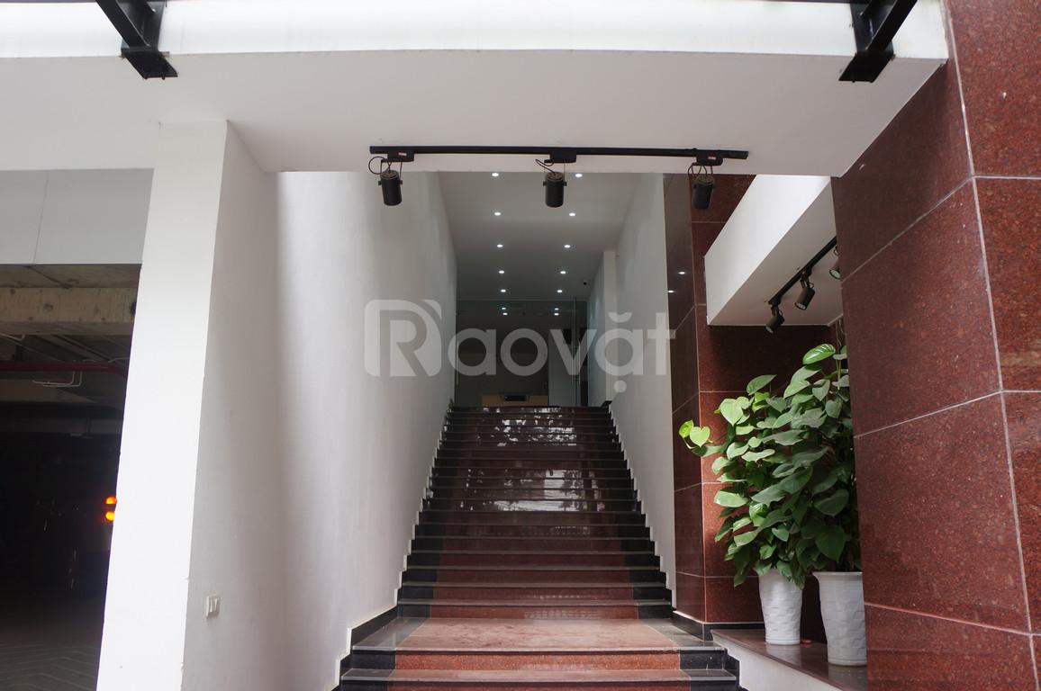 Cho thuê văn phòng Phương Mai, Lương Định Của, quận Đống Đa.