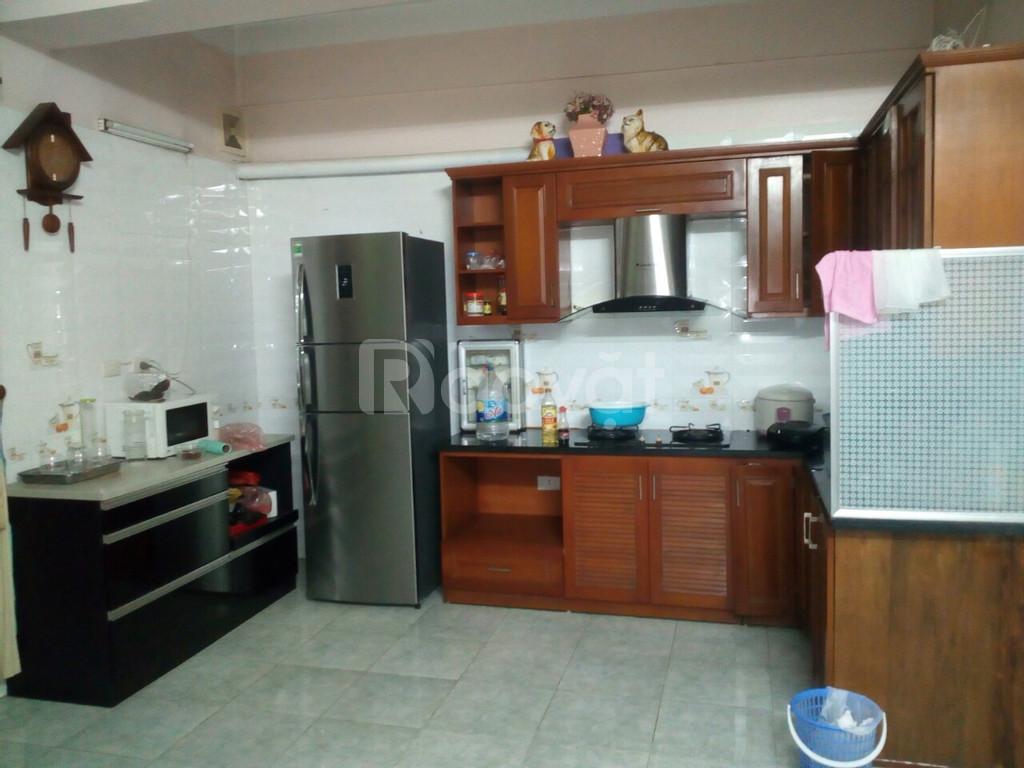 Cho thuê lâu dài căn hộ chung cư 27 Lạc Trung