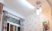 Nhà đẹp mặt tiền Phú Nhuận giá hẻm, lô góc