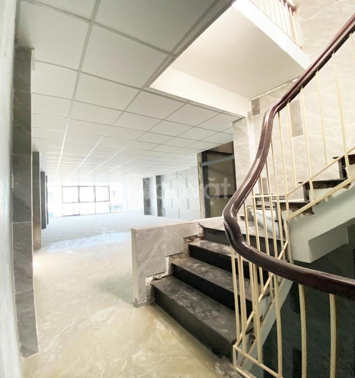 Cho thuê mặt tiền Điện Biên Phủ, Quận 3, giáp Quận 10 - 6x20m