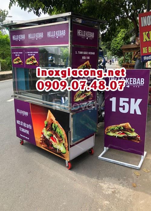 Xe doner kebab kèm bảng hiệu (ảnh 1)