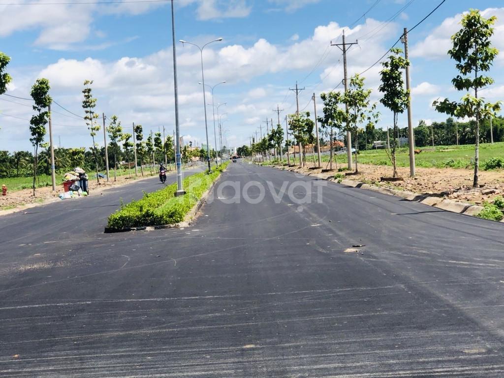 Đất nền gần chợ Vĩnh Long, đã có sổ hồng, 930 triệu/ nền.
