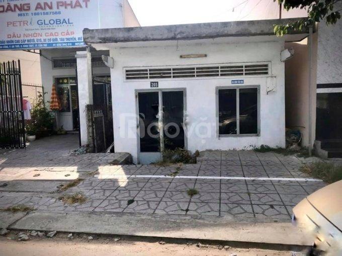 Bán đất tặng nhà trệt mặt tiền Đồng Văn Cống, 128m2 (5.25 x 23.5)