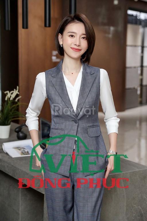 Xưởng may áo gile nữ đồng phục đẹp, đáp ứng 100% nhu cầu khách hàng