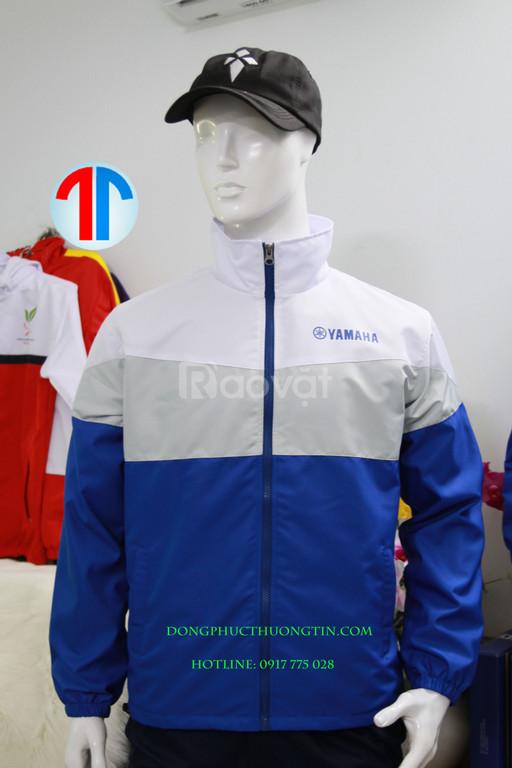 Xưởng may áo khoác theo yêu cầu giá rẻ nhưng chất lượng