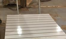 Chuyên sản xuất tấm gỗ slatwall trưng bày sản phẩm