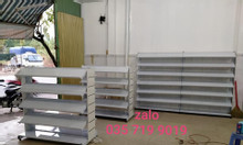 Kệ trưng bày cho shop giày dép giá rẻ - Hàng có sẵn tại TP.HCM