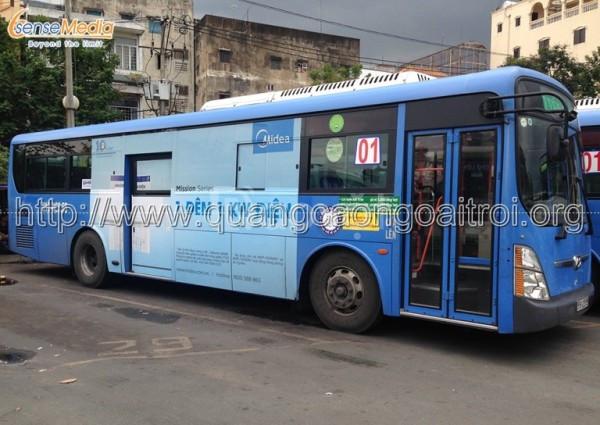Đơn vị thi công quảng cáo tràn kính trên xe bus tại HCM