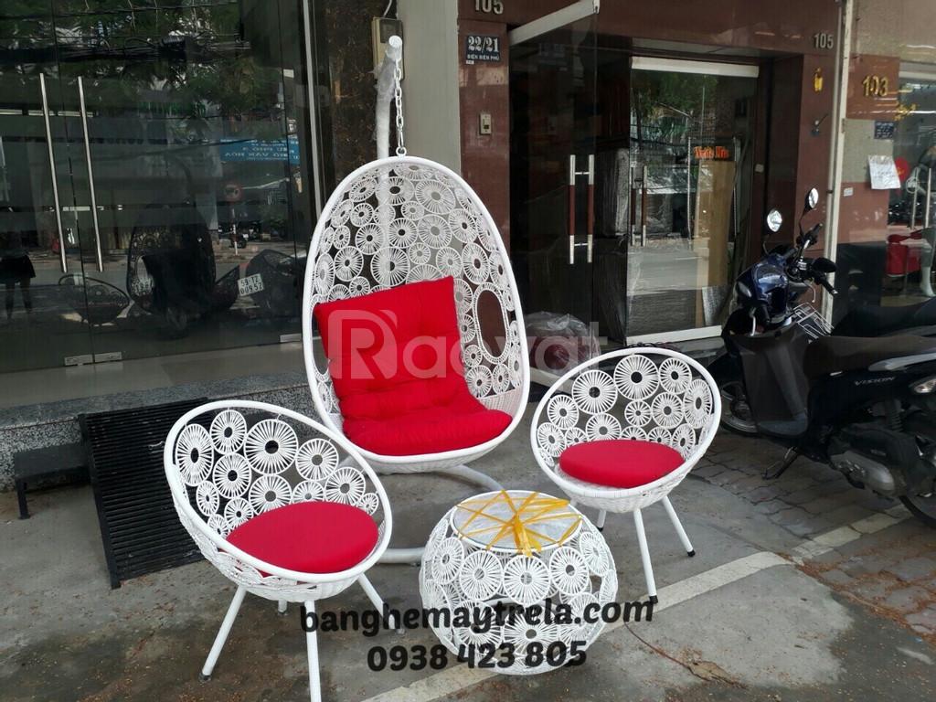Ghế xích đu, bàn ghế ban công mây giả nhựa (ảnh 5)