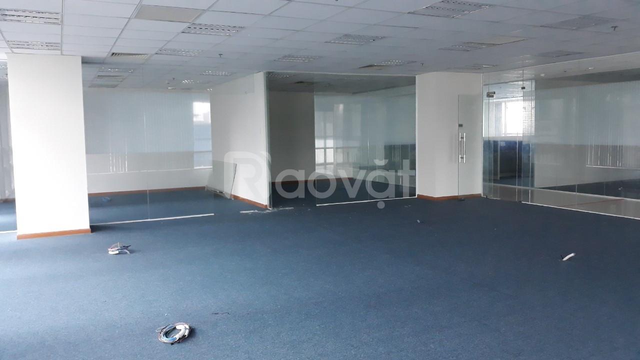 Cho thuê văn phòng 400m2 hạng B quận 1, trần sàn hoàn thiện