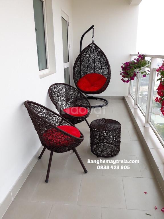 Ghế xích đu, bàn ghế ban công mây giả nhựa (ảnh 3)