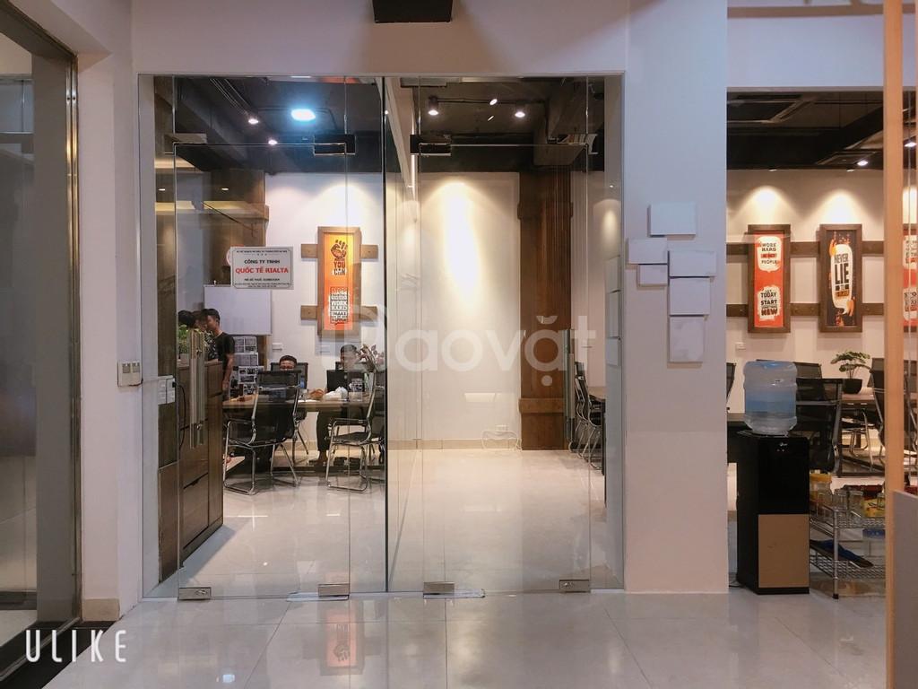 CC cho thuê 43m2 văn phòng trọn gói, miễn phí 30m2 phòng họp