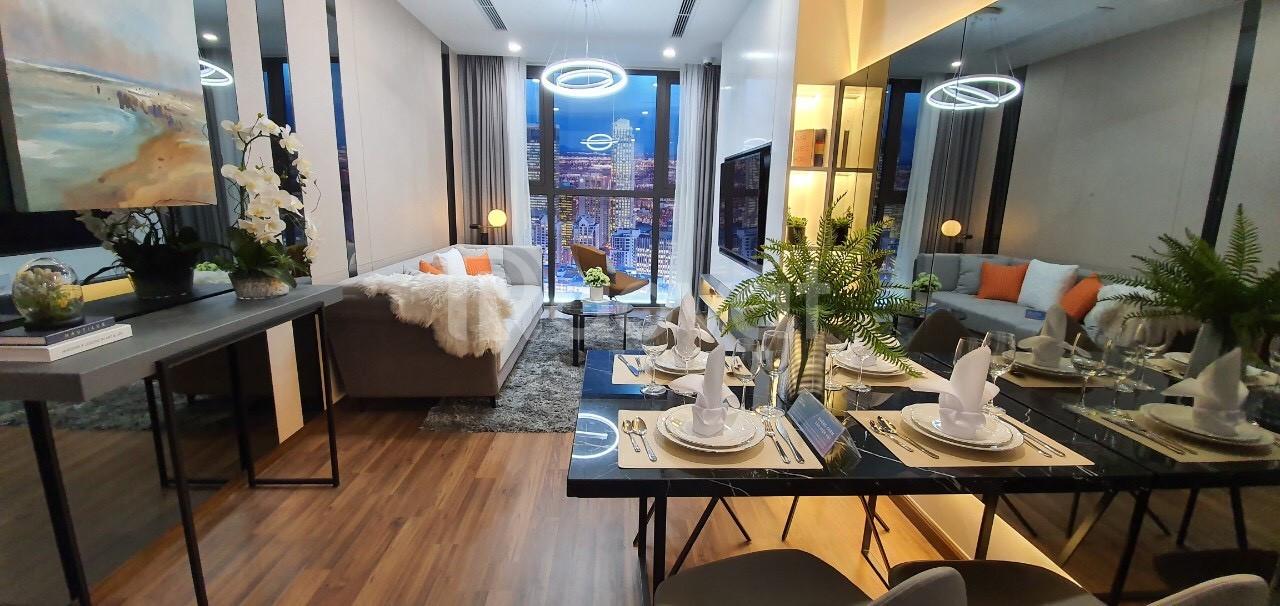 Gia đình cần bán căn 2pn T19 căn 08 giá 2 tỷ 700 , d.a Mipec Xuân Thủy