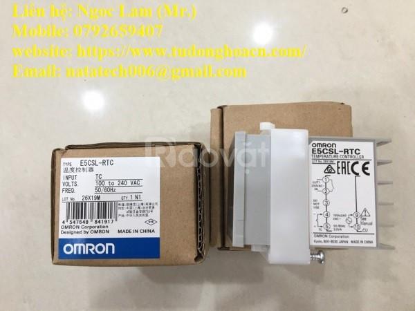 Bộ điều khiển nhiệt độ Omron E5CSL-RTC