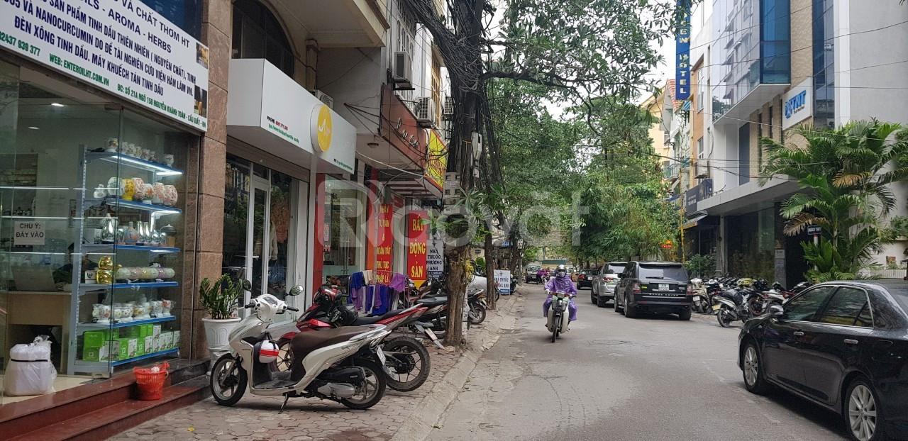 Bán nhà phố Nguyễn Khánh Toàn 180m2, mt 6.7