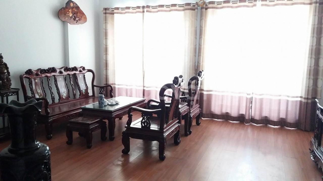 Chủ nhà cần bán gấp nhà trong khu phân lô Đền Lừ, Hoàng Mai,40m2x5T,ô tô vào, kinh doanh tốt