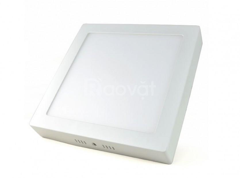 Đèn LED ốp trần tròn và vuông nổi 18W 24W 48W