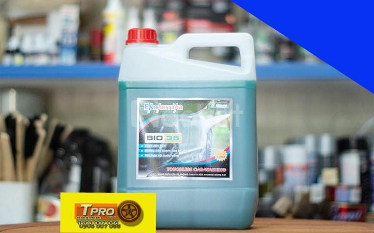 Dung dịch rửa xe không chạm Bio 35 5 Lít