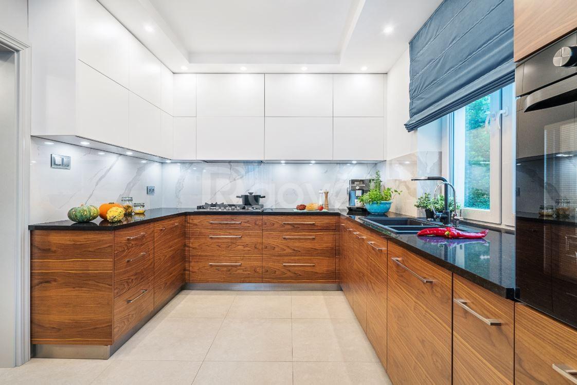 Tủ bếp melamine giá rẻ đẹp - Thi công tủ bếp giá rẻ tphcm