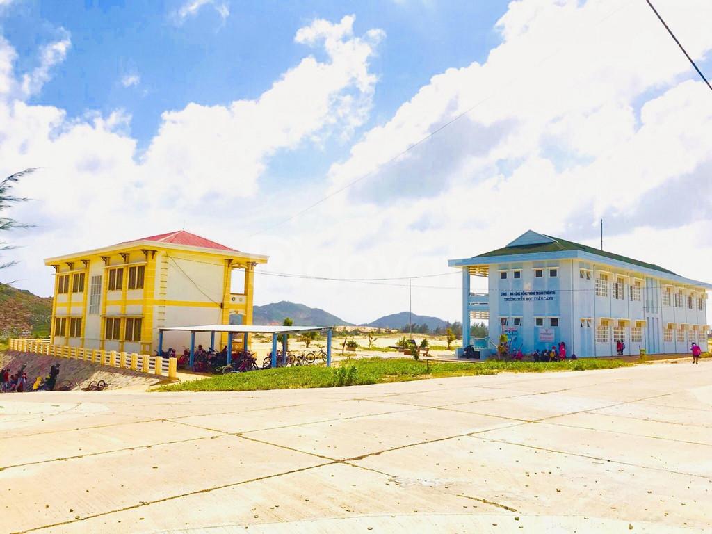 Đất biển sổ đỏ phù hợp xây dựng khách sạn, homestay