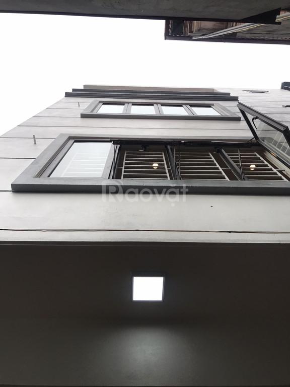 Tìm đâu ra căn nhà 38m2 x 5 tầng với giá tốt tại Xuân Phương