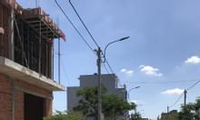 Bán khẩn cấp miếng đất kế chợ Bình Chánh 96m2, sổ hồng có sẵn