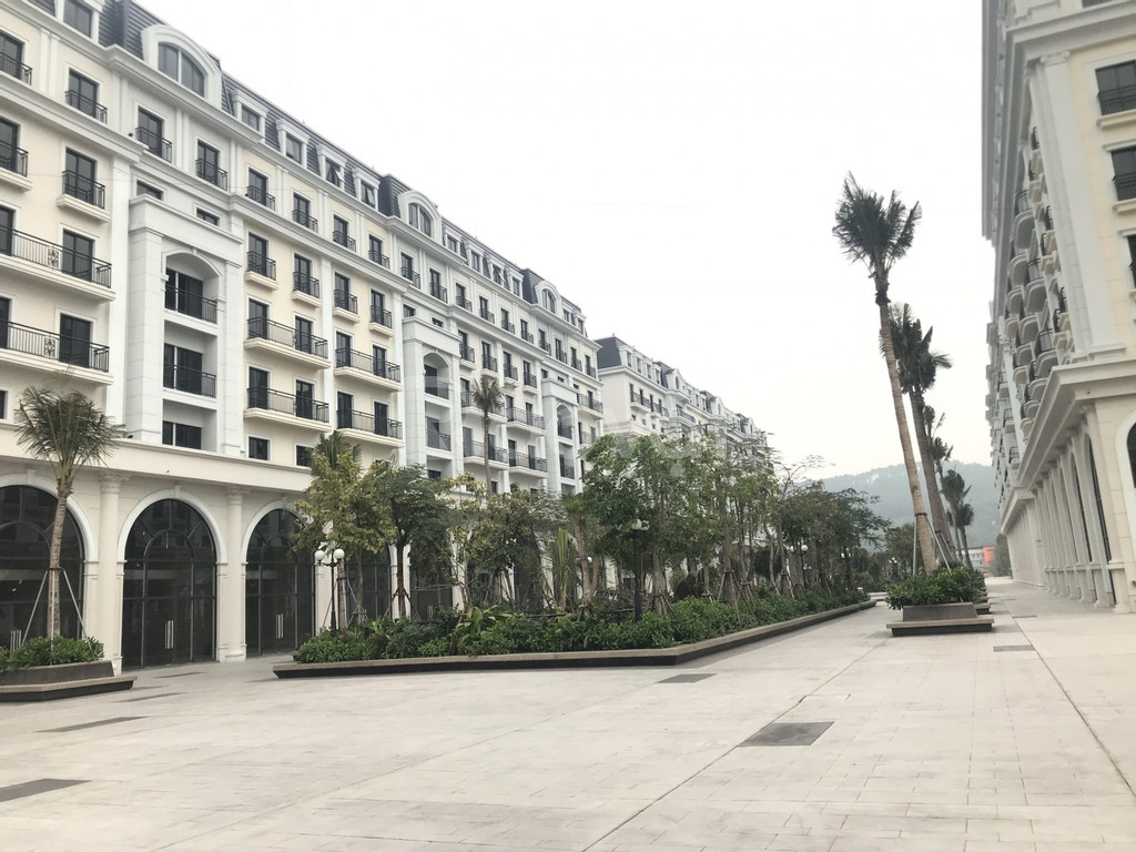 Bán khách sạn mặt biển tại Hạ Long, 10 căn