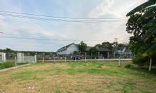 Cần bán lô đất mặt tiền đường kênh 10m ( lộ giới 20m ) Bình Chánh