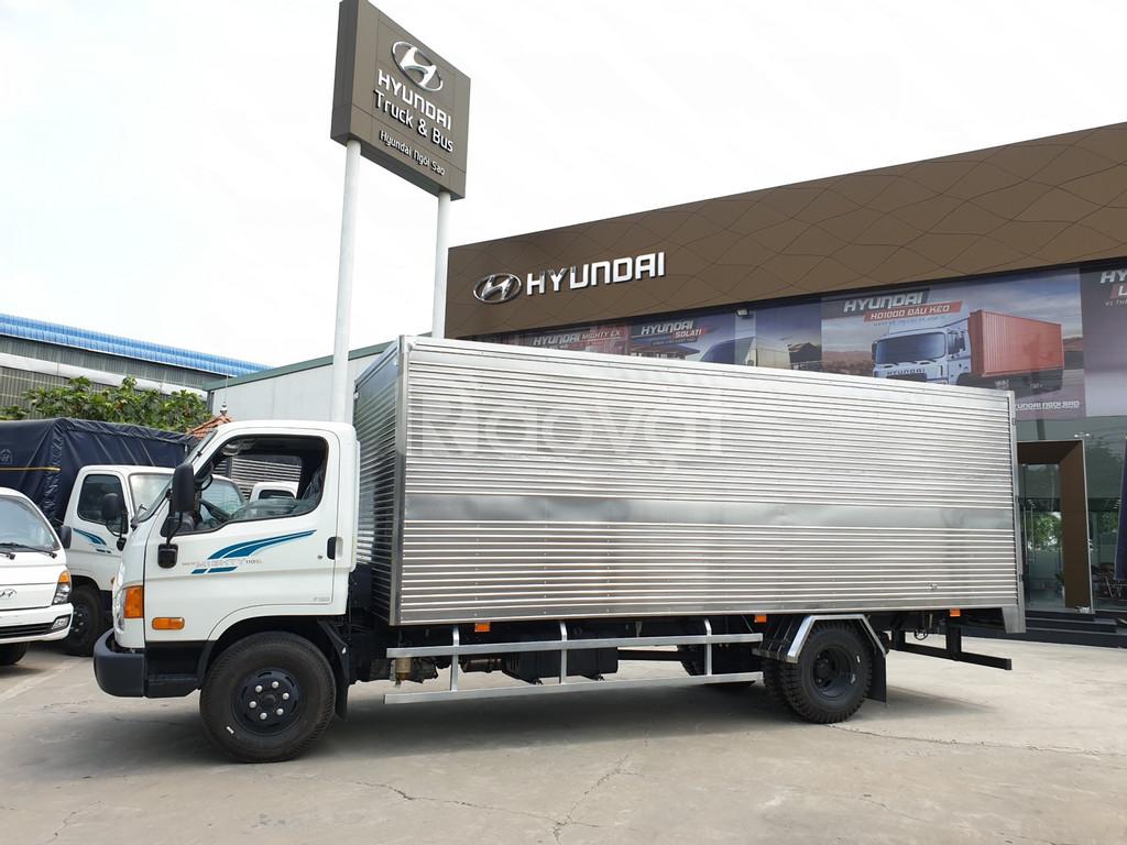 Mua Xe tải 8Tấn Hyundai 110SL tặng xe Honda RSX