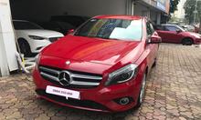 Mercedes Benz  A200  sản xuất 2015 màu đỏ