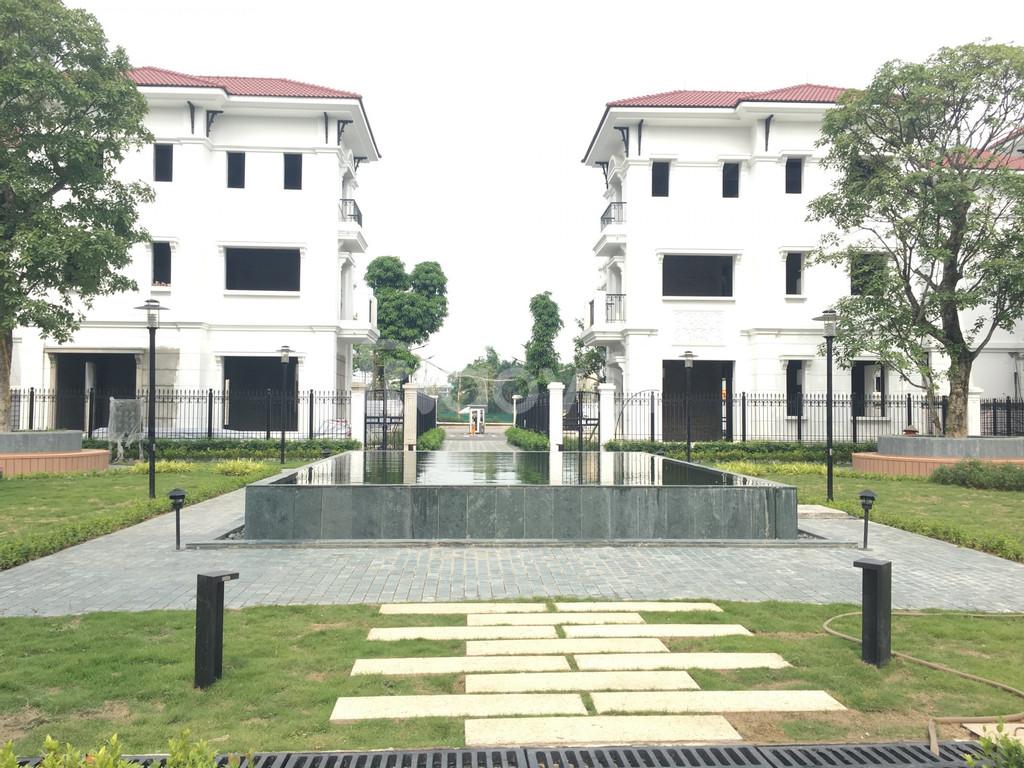 chính chủ gửi bán biệt thự embassy garden - những lô bán trong tháng
