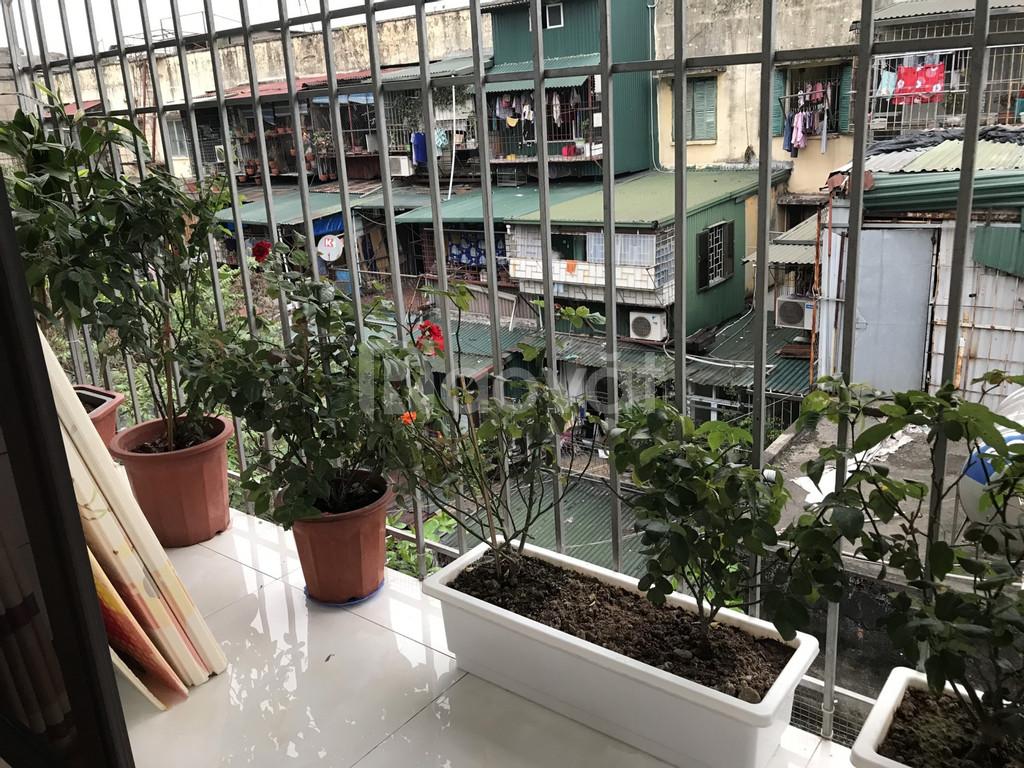Chính chủ bán nhà tập thể 2 mặt thoáng ở 254 Kim Ngưu, Hà Nội