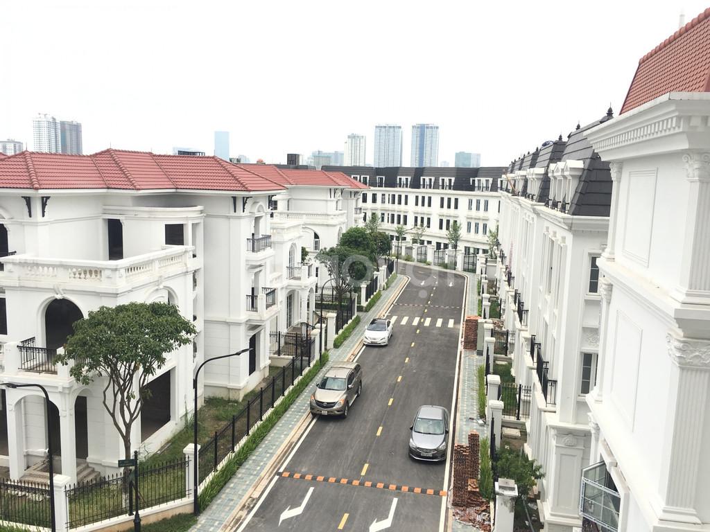 Cần bán biệt thự Embassy Garden diện tích 259m2 lô góc hướng tây