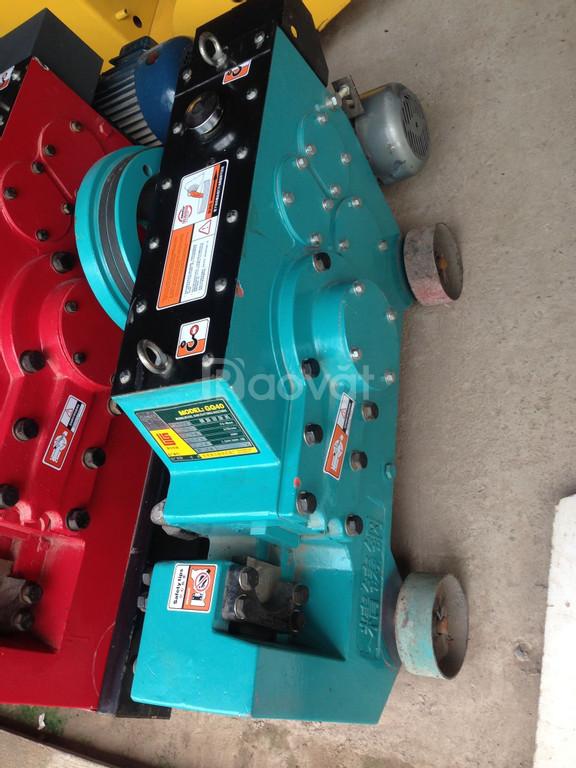 Máy cắt sắt, máy uốn sắt Trung Quốc